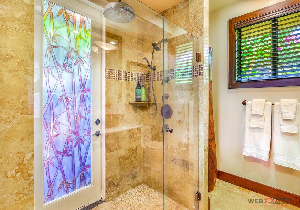 52-Lau-Niu-Way-Bathroom-Shower