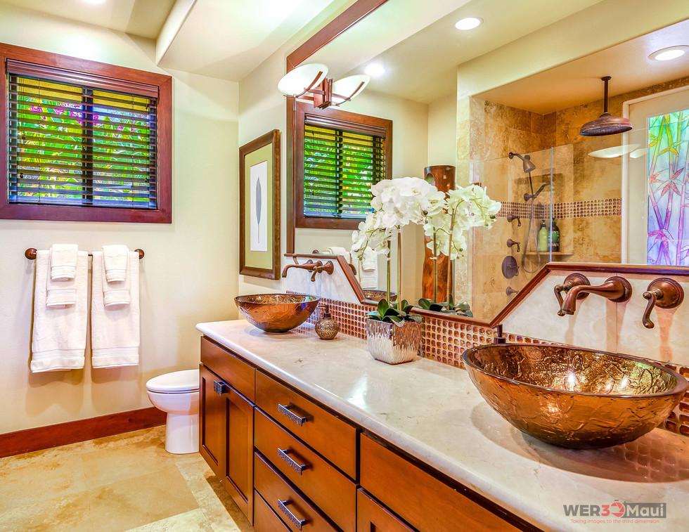 52-Lau-Niu-Way-Bathroom-2