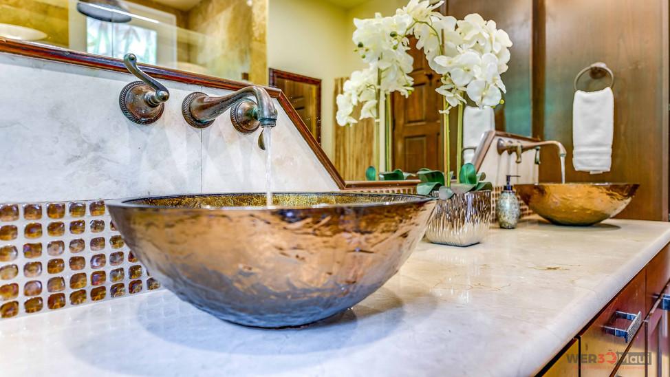52-Lau-Niu-Way-Bathroom-Sink