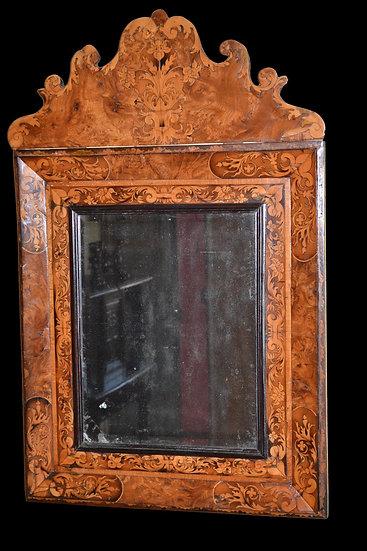 MIROIR A FRONTON d' époque Louis XIV attribué à HACHE, XVII ème siècle