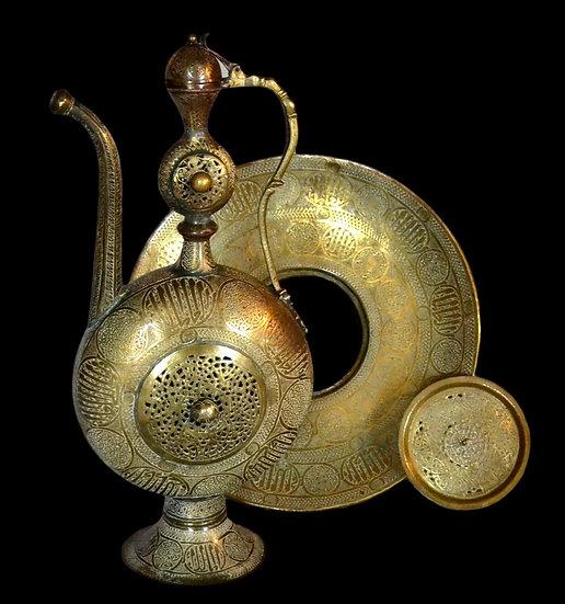 Aiguière en cuivre ciselé, Daghestan, Caucase, seconde moitié du XIXème siècle
