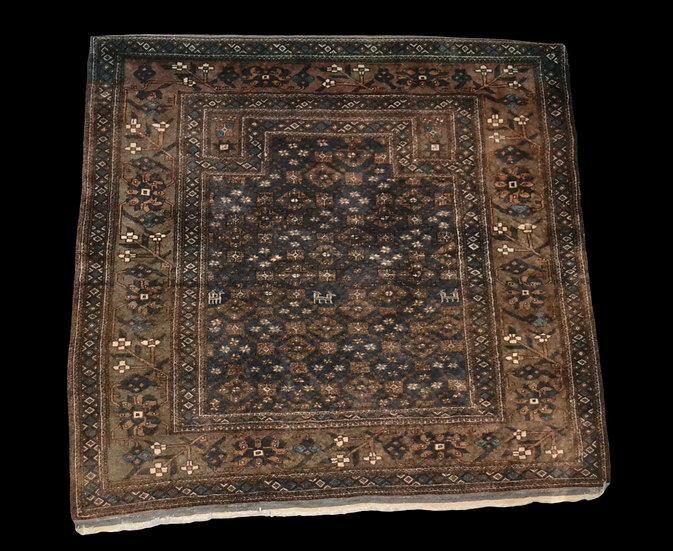 Tapis Baloutche ancien, 123 cm x 129 cm, Tissé main, Iran, milieu du XXème siècl
