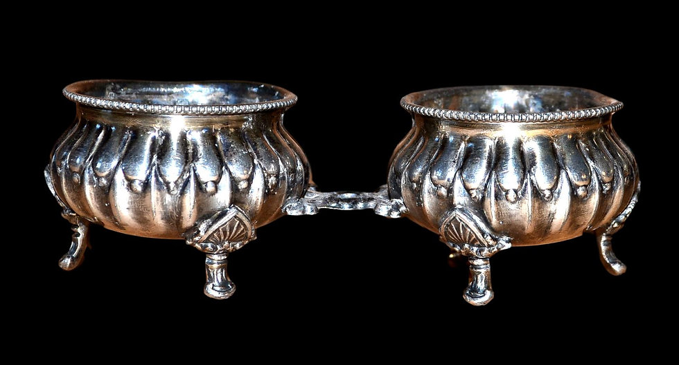 Salière et poivrière de table Empire, argent vers 1830