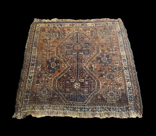 Tapis gashghaï, sofreh, Iran, laine sur laine, 95 cm x 102 cm