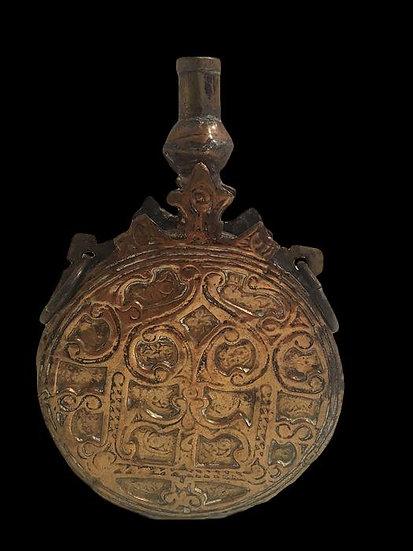 Poire à poudre, bronze, Afrique du Nord, fin du XVIIIème, début XIXème