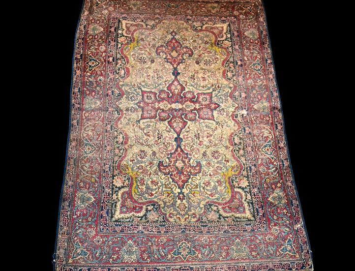 Tapis Persan Ispahan ancien, fin du XVIIIème, début du XIXème, 140 cm x 202 cm,