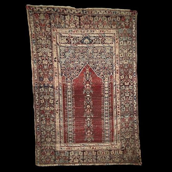 Musée, Tapis Koula XVIIIème de prière, 130 cm x 191 cm, Anatolie, en très bel ét