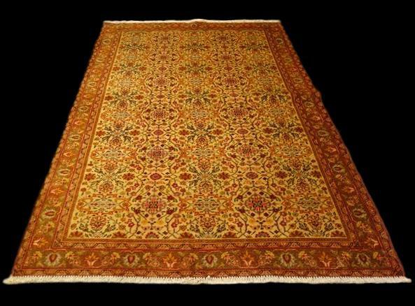 Tapis Persan Yezd, 122 cm x 192 cm, Iran, laine nouée main, vers 1970