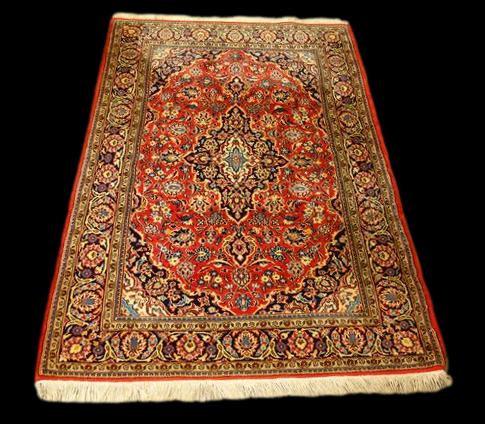 Tapis Persan Kashan, 105 cm x 155 cm, Iran, laine nouée main vers 1980