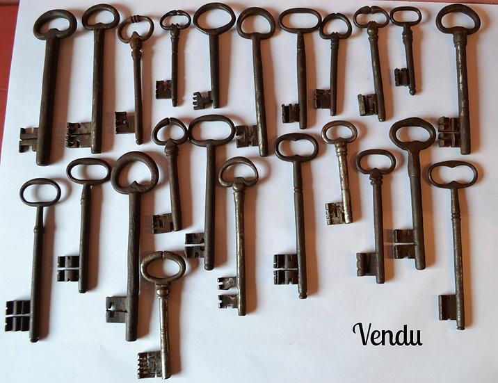 Collection de 23 clefs en fer forgé, Europe - Du XVI ème au XVIII ème siècle