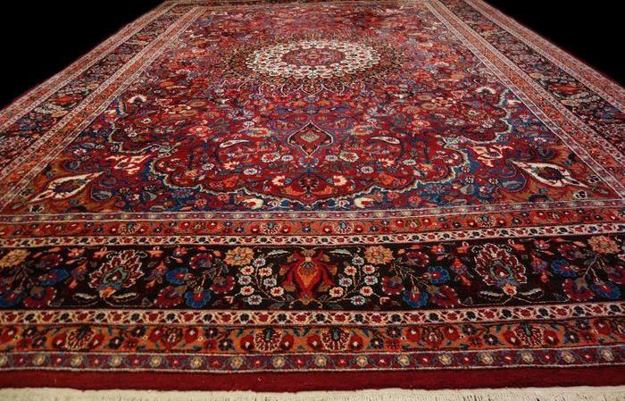 Tapis Persan Masshad, 260 cm x 402 cm, Iran, Laine nouée main, 1970