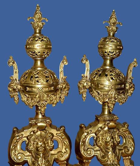 Chenets de style Louis XIV en bronze doré, France vers 1870