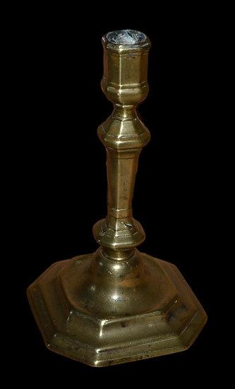 Bougeoir en bronze doré d'époque Louis XIV, France XVIIème siècle