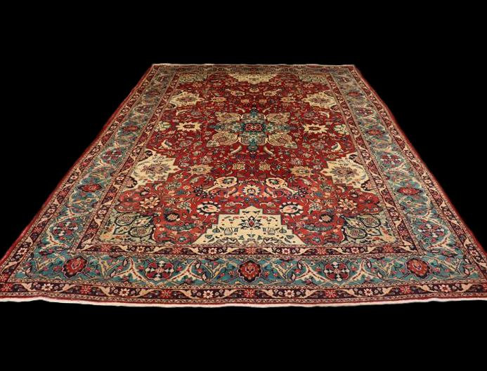 """Tapis Persan Tabriz Ancien, 228 cm x 330 cm, Iran, laine nouée main vers 1950,"