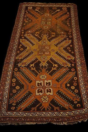 Tapis Kazak aux aigles, Caucase, région de Karabagh, 121 x 213 cm, XIXème siècle