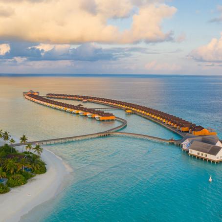 Maldives opens Borders & The Standard, Huruvalhi Maldives ready to open doors on 5 Dec
