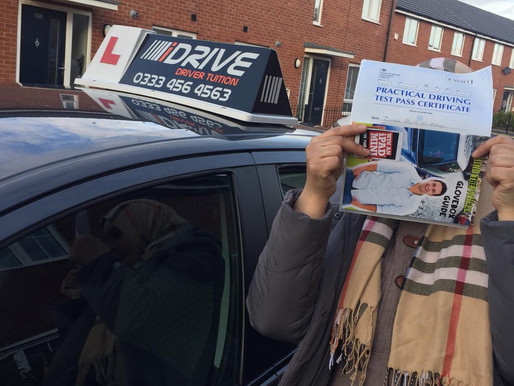 Manual driving lesson pass in Rochdale with female driving instructor