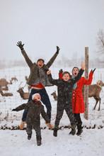 Uxbridge Family Christmas Photos