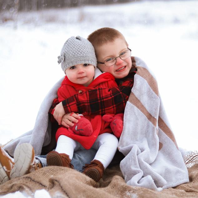 Uxbridge Family Photographer Justyne Edgell Photographer and Design