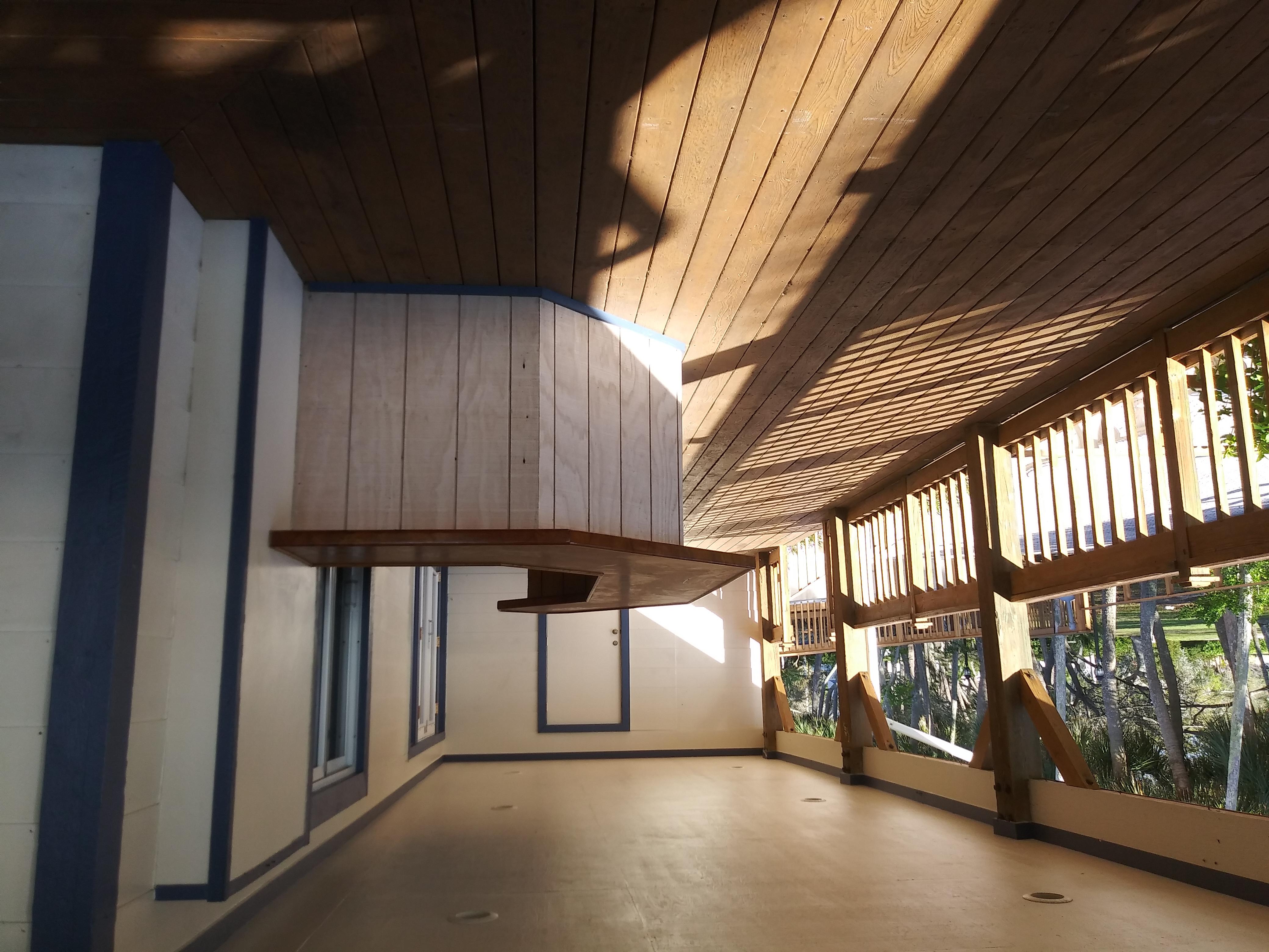 North Deck w/Bar