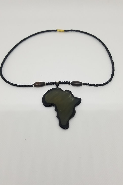 Unisex Africa Shell Necklace 16in.
