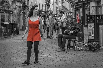 13-streetmusic---lady-in-red-komp-1000.j