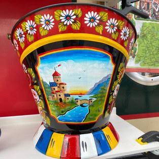 Waterloo Bucket