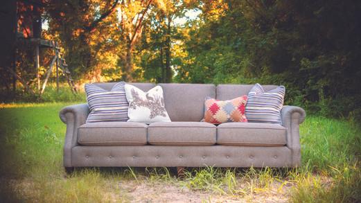 3386F Sofa
