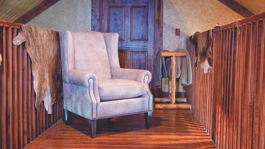8486L Chair