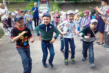 ДОУ 66 Дворовые игры лето (3).jpg