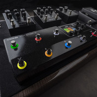 HX Stomp XL has identical features and power as the standard HX Stomp; the 5 additional foot switches, however, provides greater control and ease of use in a performance environment. This addition to the family addressed the needs of touring musicians with minimal development time and offered excellent ROI.