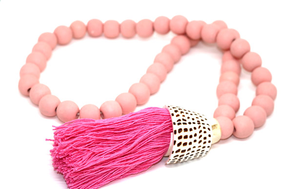 Pink Wood & Shell Curtain Chain
