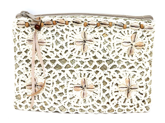 Boho White Macramé & Palm Leaf Gaab Purse