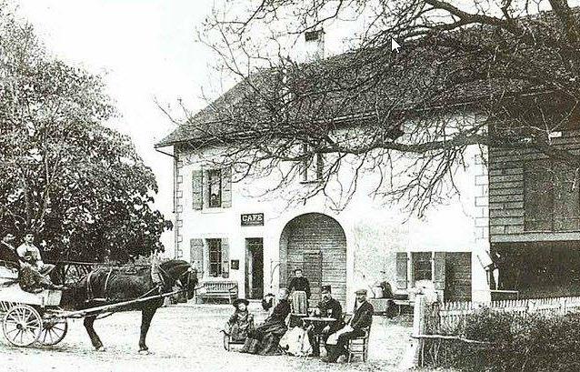 Restaurant en 1900.jpg