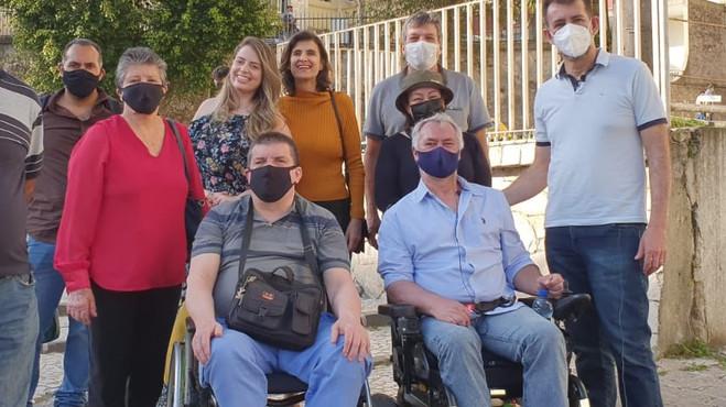 Projeto Aprovado: Espaços culturais de Curitiba deverão fornecer cadeiras de rodas
