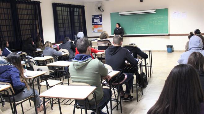 Preparatório Gratuito para o ENEM será ofertado para todo o Paraná