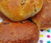 Spiced fruit buns