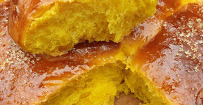 Saffron buns