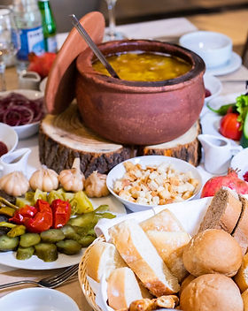 places-enjoy-traditional-delicious-foods