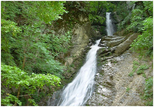 Yeddi-Gozel-Seven-beauties-waterfalls-in