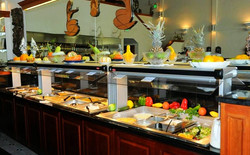 buffet_close_up_edited