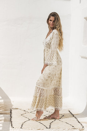 Piti Cuiti Gala beige dress with embroidered details