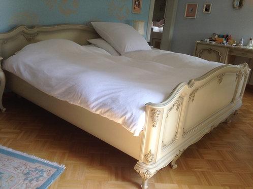 Schlafzimmer Barock inklusiv Kleiderschrank