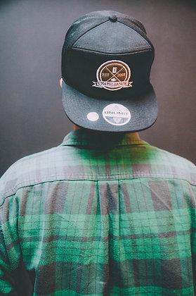 Snapback Negro / Verde musgo