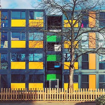 residencia estudiantes container.jpg
