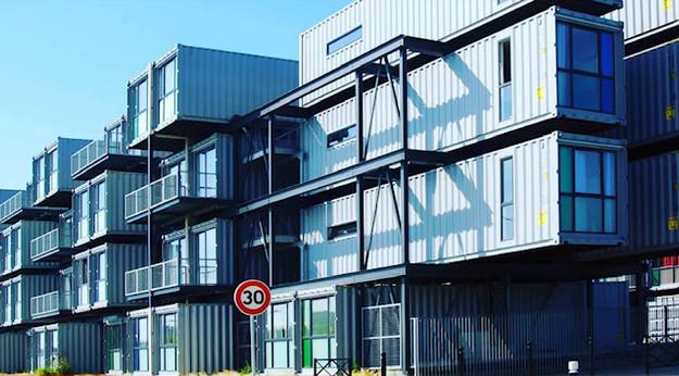 bloque de pisos con conainers.jpg