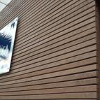 fachada lamas de madera.jpg