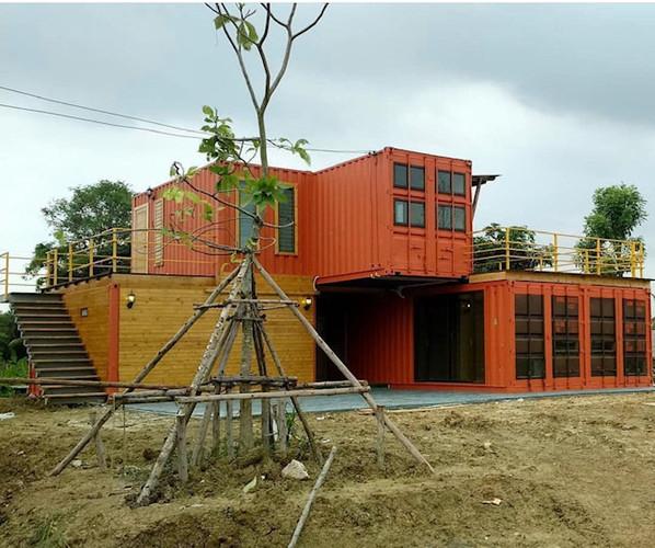 casa industrial container.jpg