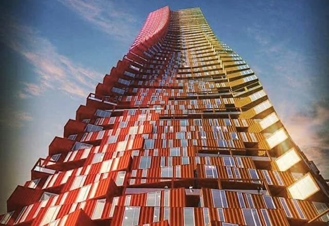 rascacielos containers maritimos.jpg