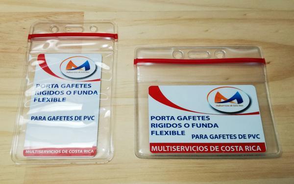 Porta Gafetes Funda Flexible